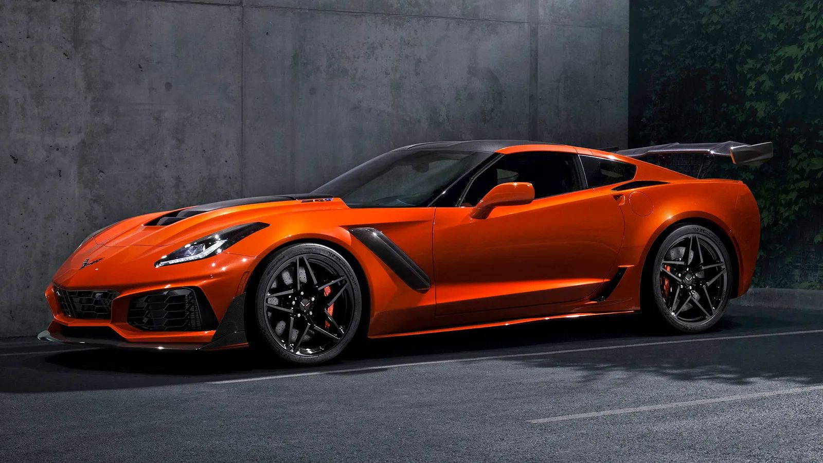 2019 chevrolet corvette zr1 leaks will boast 750