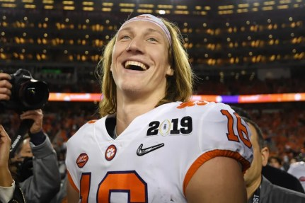 Illustration for article titled It Sucks That Trevor Lawrence Can't Play In The NFL Until 2021
