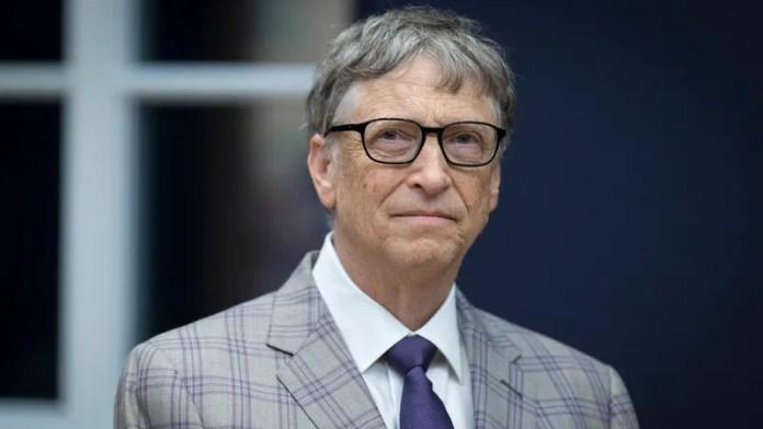 Bil Gejts protiv kompanije Apple