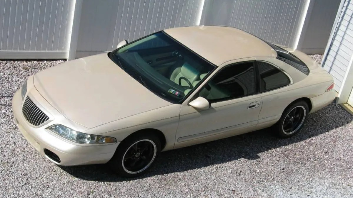 hight resolution of for 25 000 would you like to wake up next to this 1998 lincoln mark viii