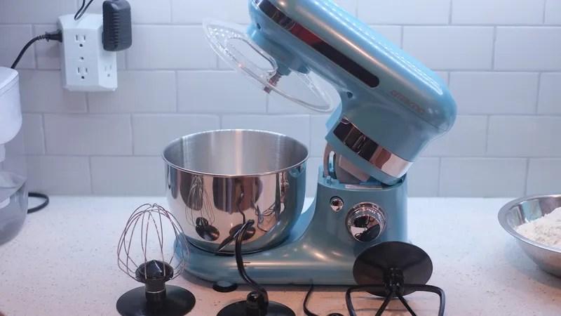 kitchen aid mixer attachments peerless faucet 我试过aldi的60美元的立式搅拌机 而且非常好 每个人最喜欢的预算友好的杂货店都在这里 从10月18日开始 您可以在任何aldi商店购买六速ambiano经典立式搅拌机 价格为sixty american