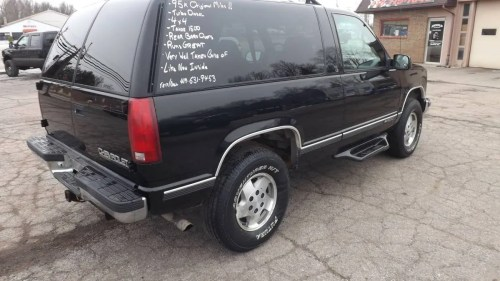 small resolution of at 4 800 could this 1995 chevy tahoe turbo diesel 4x4 make you a trucking nut