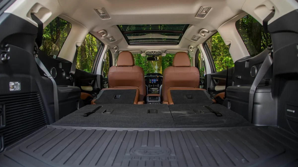 Suv With Captain Chairs The 2019 Subaru Ascent Is The Three Row Suv That Actually Feels
