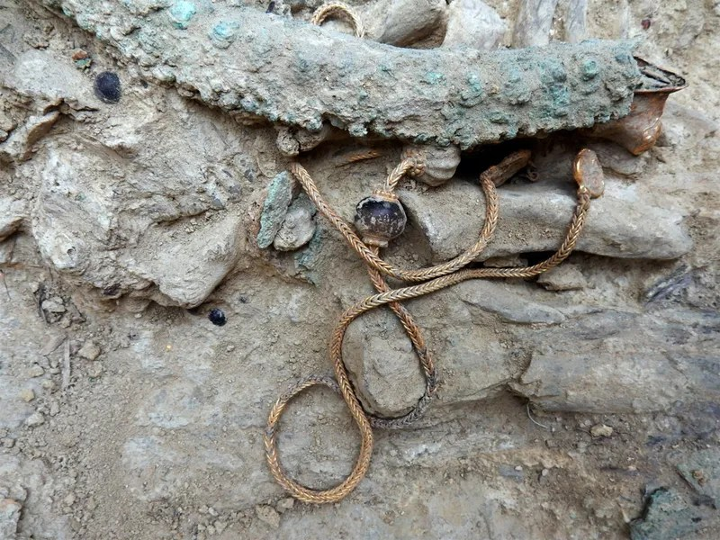 Ancient Greek Warrior's Tomb Yields Eye-Popping Treasures