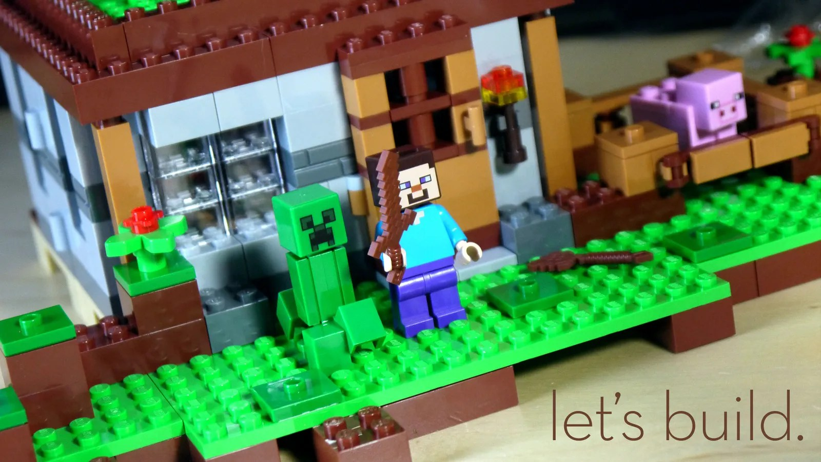 Building LEGO Minecraft Is Much More Fun At Minifig Scale