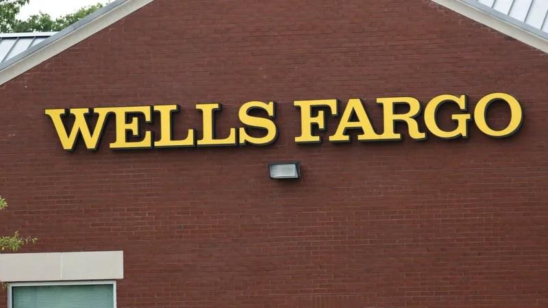 Regulators Examine Wells Fargo's Gap Insurance Policy