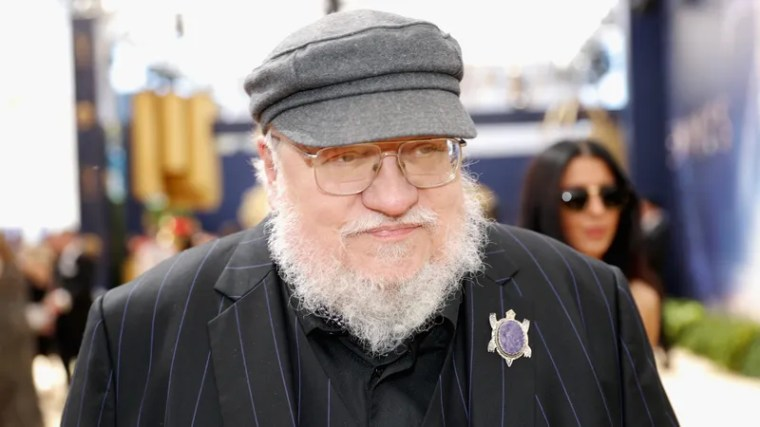Illustration for article titled George R.R. Martin Only Came To Set When We Were Filming Scenes With Nudity In Them, Didn't Talk To Anyone, Then Immediately Left After They Were Over