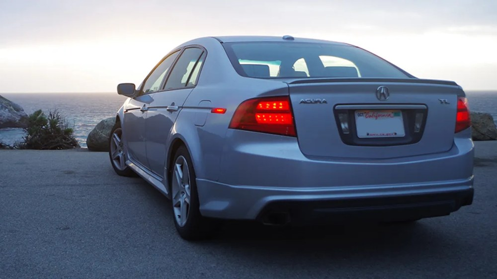 medium resolution of the 2018 acura tlx brings back a mild performance trim with a new angry face