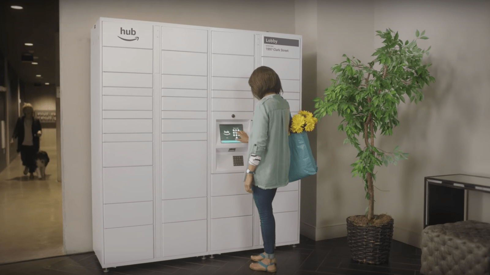 Amazon Wants to Install Their Slick Mailboxes in Your
