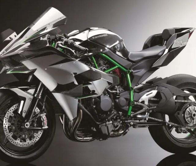 The Psychotic 300 Hp Kawasaki Ninja H2r Is A Hellcat On Two Wheels