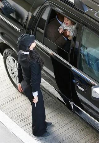 Salma Hayek Amp Baby Girl Peek A Butt