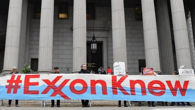 goeqdhboralcfvej7ahf New Polling Shows Voters Want to Hold Big Oil's Feet to the Fire | Gizmodo