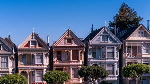 https://twocents.lifehacker.com/if-you-want-to-retire-early-invest-in-rental-propertie-1834301093