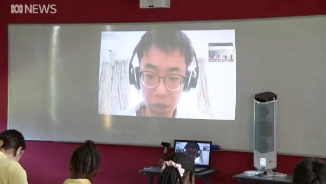 odurj2yk9emsxuzqxrwb High School Teacher Holds Class Via Videochat While in Coronavirus Quarantine | Gizmodo