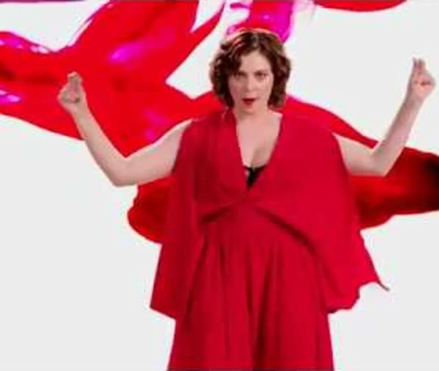 Heres The Crazy Ex Girlfriend Period Sex Anthem That Was Too Dirty For Tv