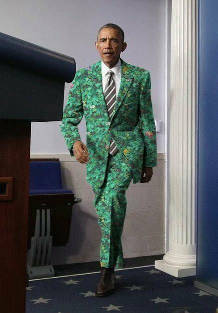 obama wearing suit of