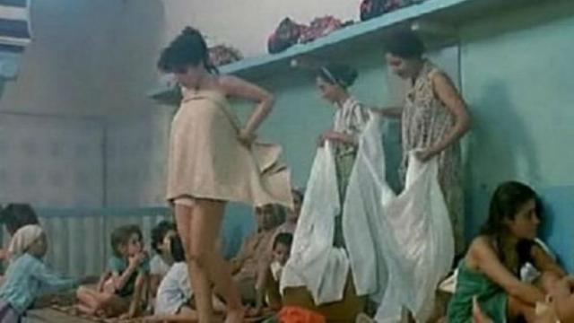 Knitra une vido tourne dans un hammam pour femmes sme la panique  wwwle360ma