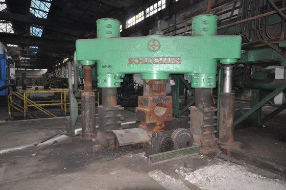 schloemann 630 ton hydraulic