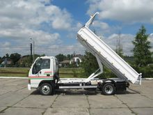 Used isuzu trucks for sale