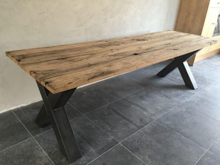 Marktplaatsnl  Robuuste tafels van oude eiken