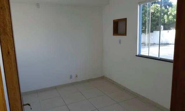 Alugo apartamento estilo casa no Tau barato 2 quartos e 1