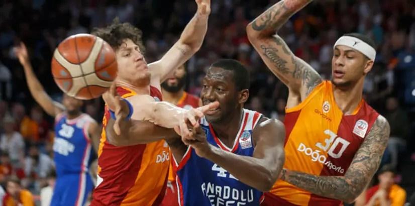 Galatasaray'ı yenen Anadolu Efes finale yükseldi!