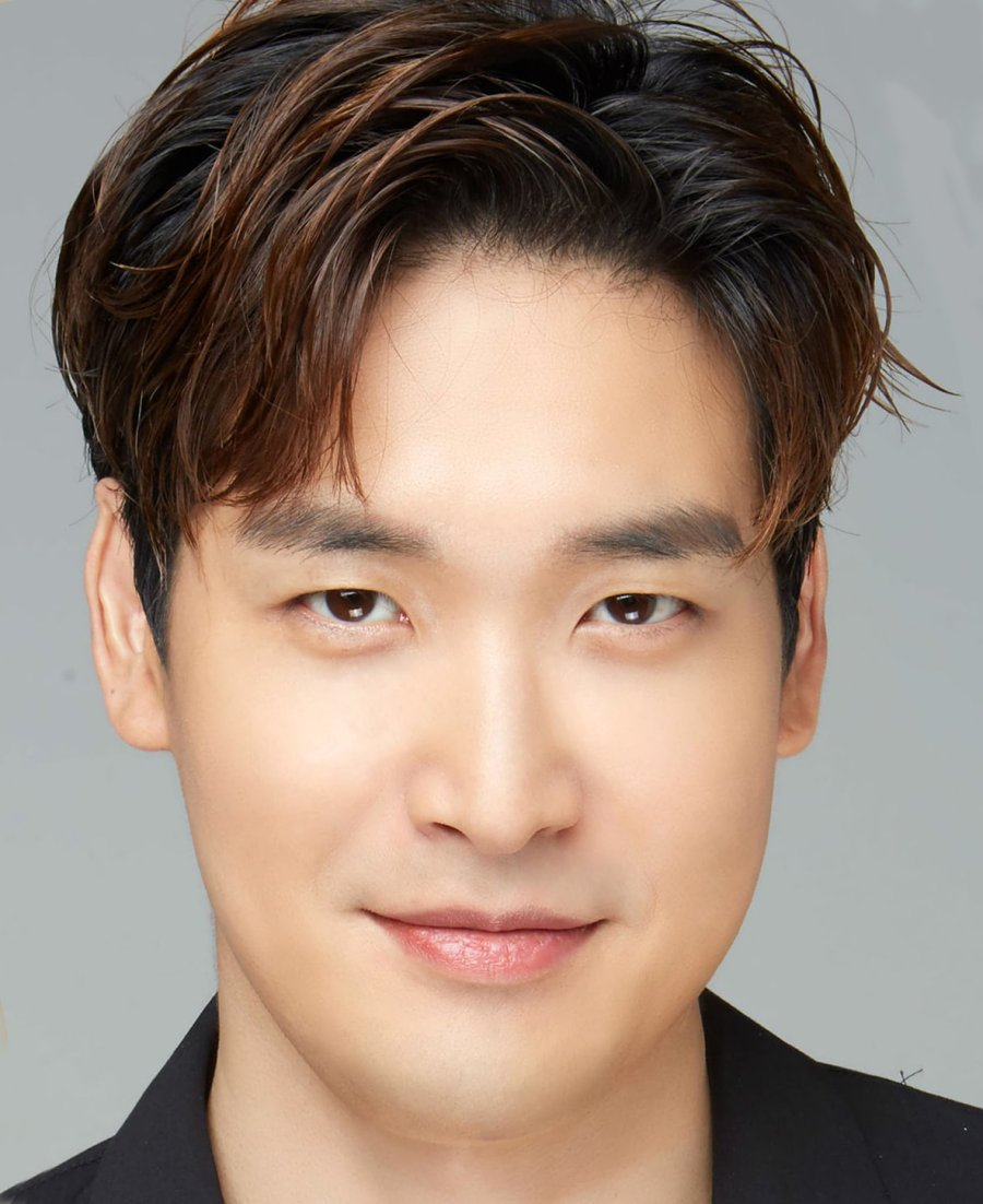 Jung Gyu-woon to get married in September, a year after