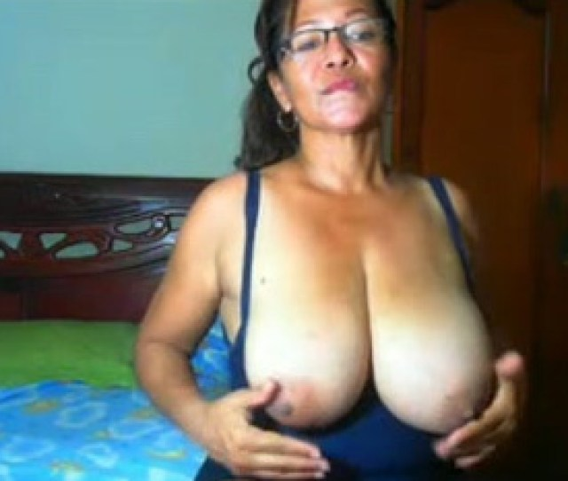 Mature Latina Seductress Loves Showing Off Her Big Natural Boobs Mylust Com