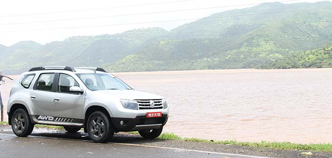 renault duster awd review 2