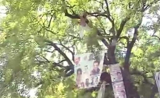 Farmer From Rajasthan Hangs Himself at AAP Rally