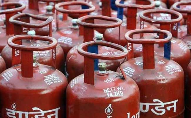 Cooking Gas Gets Costlier As LPG Cylinder Price Up Rs 50 In Delhi: Report
