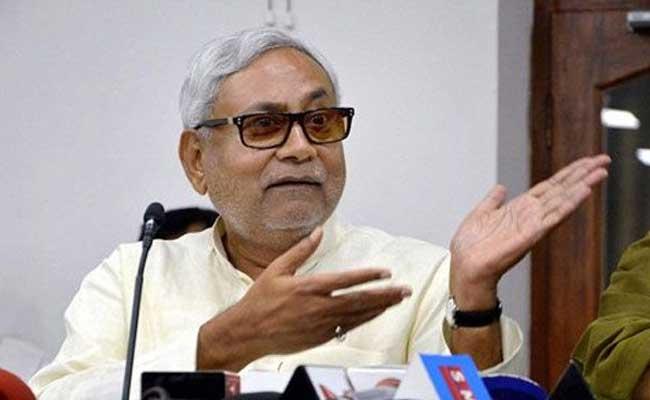 दलितों व ओबीसी का आरक्षण खत्म करना चाहते हैं RSS-बीजेपी : नीतीश कुमार