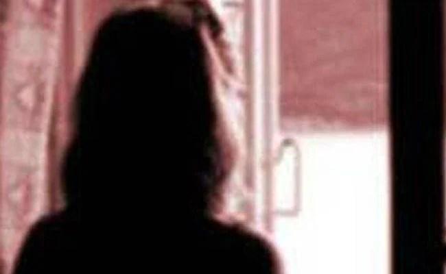 नवादा नाबालिग रेप मामले में आरजेडी विधायक के खिलाफ गिरफ्तारी वारंट, एमएलए फरार