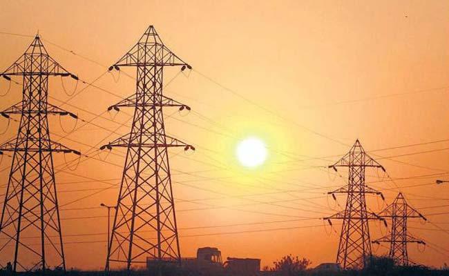 कागजों में बिजली से रोशन हुए कई गांव, असल में अब भी अंधेरा कायम है : संसदीय समिति