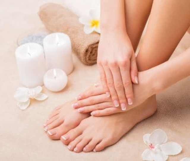 How To Do Pedicure At Home With Natural Ingredients
