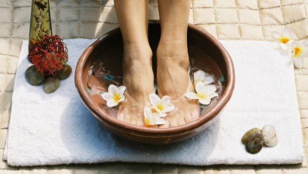 5 Effective Home Remedies for Swollen Feet