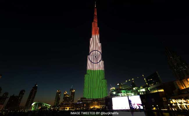 Indian Flag Wallpaper With Quotes In Hindi Burj Khalifa On Indian Republic Day Dubai Tower Lit In