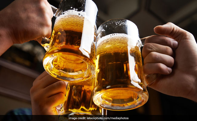 Delhi Cuts Drinking Age To 21, Announces Excise Reforms For More Revenue