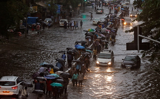 5 Dead, Mumbai On 'Red Alert' As More Rain Expected Today: 10 Points