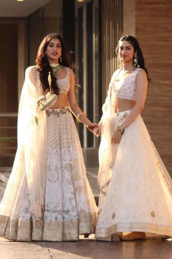 Janvhi and Khushi at Sonam's wedding Day