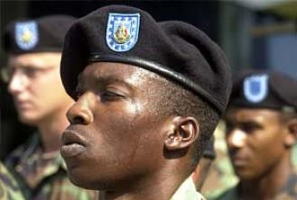 US Army ditches black berets in favour of caps