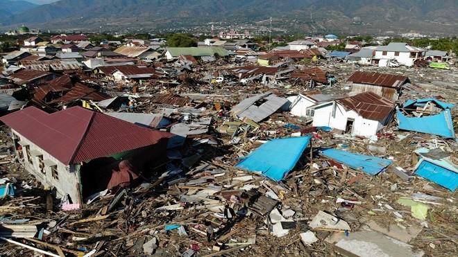 印尼災區升至1203人死 震央村落幾全滅 盼國際伸援手 | 地震 | 海嘯 | 專題 | 新唐人中文電視臺在線