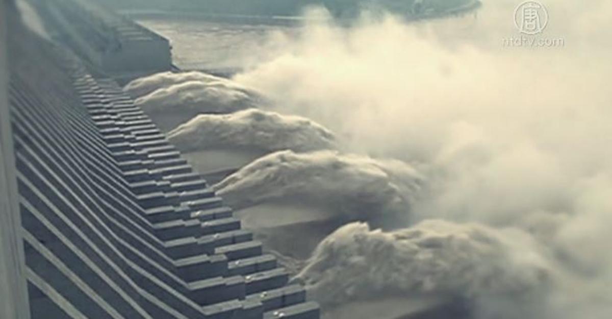 王維洛:三峽有潰壩風險 破壞力將遠超當年板橋水庫   三峽工程   洪水   風水師   新唐人中文電視臺在線