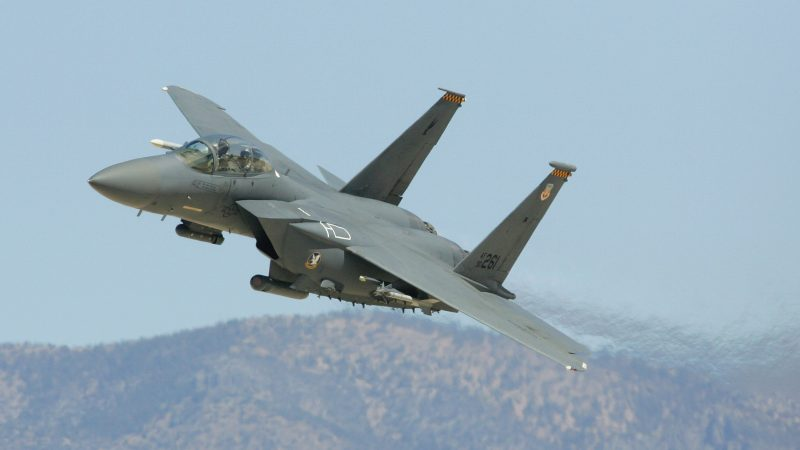 「雄鷹」的復興 F-15EX戰機受美空軍青睞 | F-15EX先進鷹 | F-35戰機 | 新唐人中文電視臺在線