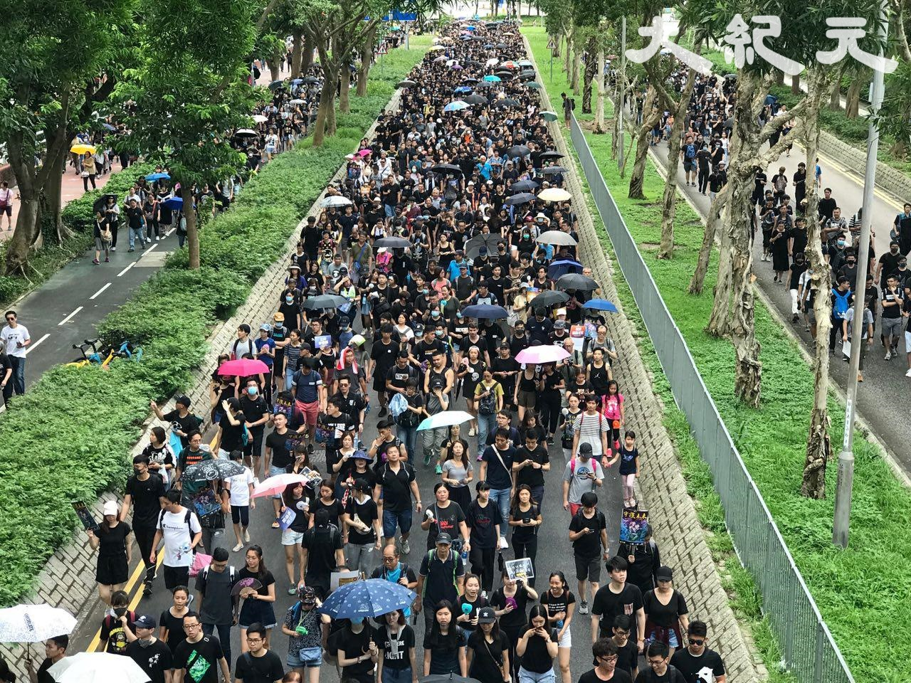 【直播更新】示威者集結銅鑼灣 拆號誌封路 | 香港反送中 | 寶翠公園 | 將軍澳 | 新唐人中文電視臺在線