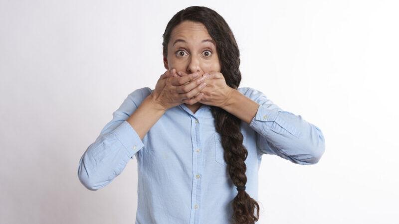 感冒說話多聲音沙啞 8款食療潤肺清音(組圖)   咽乾   喉痛   嘶啞   新唐人中文電視臺在線