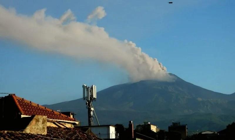 В Італії прокинувся вулкан Етна