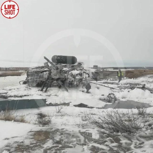 На Чукотке разбился военный вертолет Ми-8