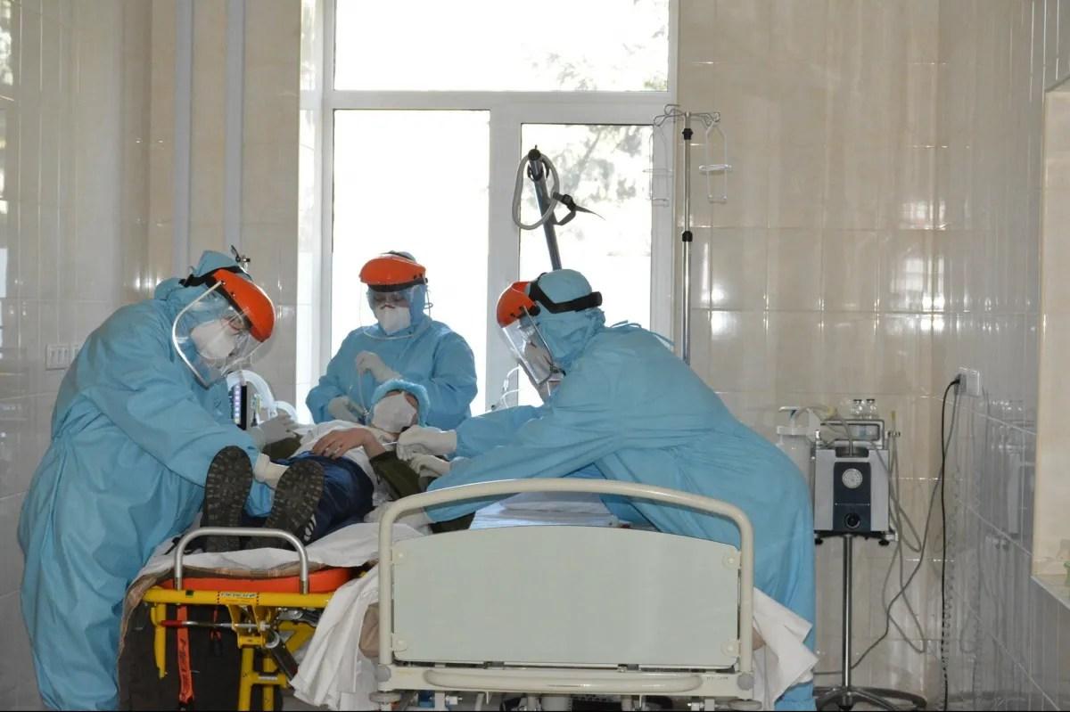 Українські медики