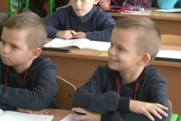 Десятирічні близнюки з Глобино рахують швидше, ніж калькулятор і виграли Всесвітню олімпіаду